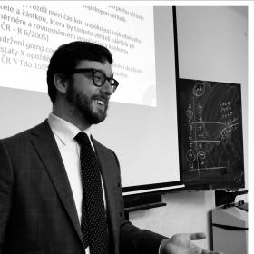 JUDr. Martin Froněk přednášel v předmětu Vliv hospodářské a finanční kriminality na hodnotu a strategii firmy