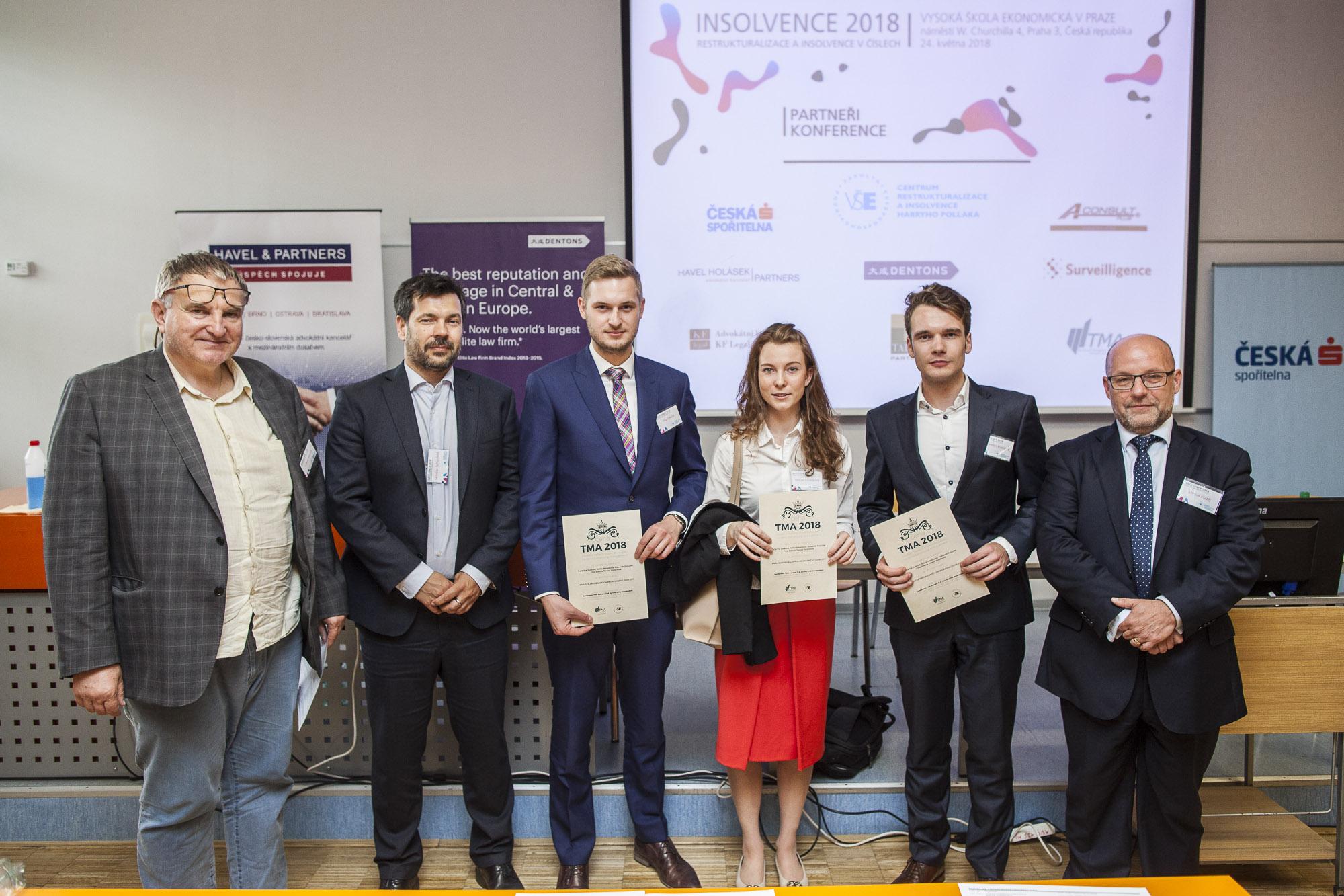 Vítězní studenti prezentovali na Restrukturalizačním fóru 2018